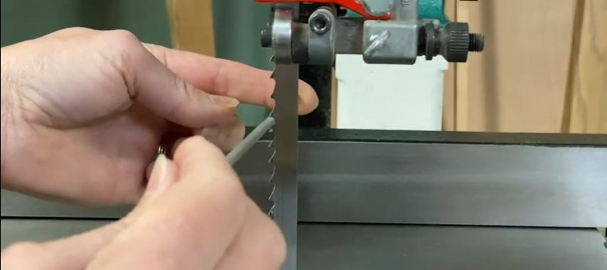 how to sharpen a bandsaw blade by hand